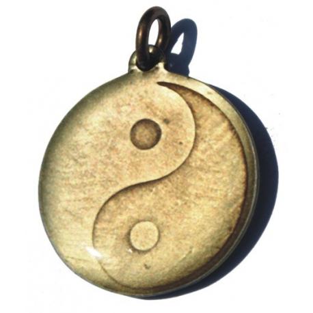 Amulet - Jin-jang